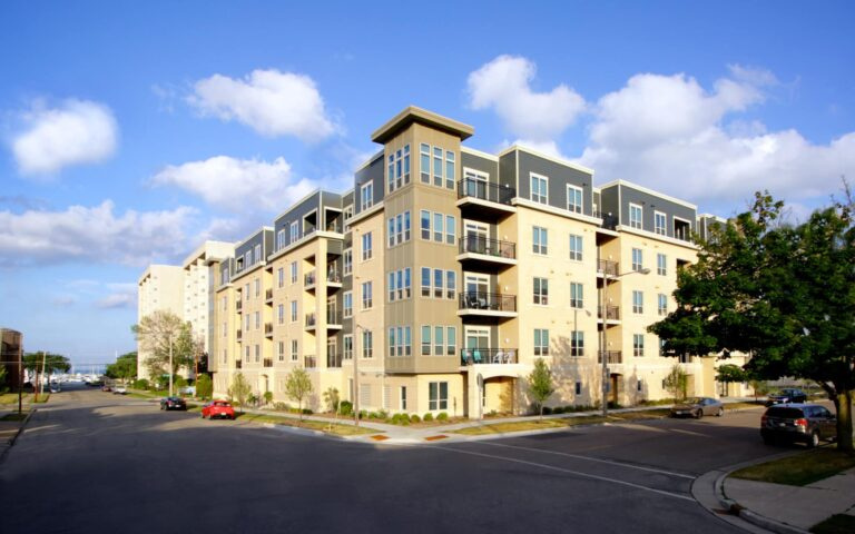 apartments for rent in kenosha, apartments for rent, 5th avenue lofts
